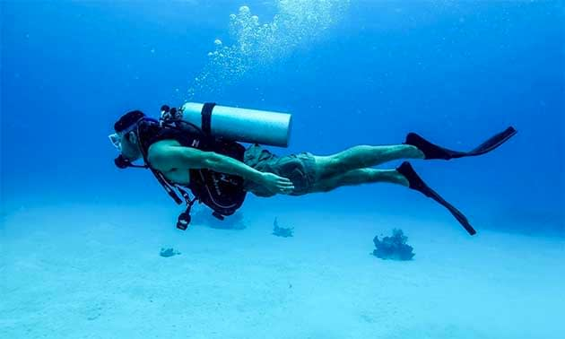 Streamline and perfect your scuba skills to help save our oceans