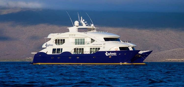 Endemic Cruise Ship, Galapagos Liveaboard