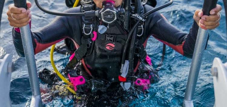 basic parts of a scuba bcd | bcd components explained | ocean scuba dive  ocean scuba dive
