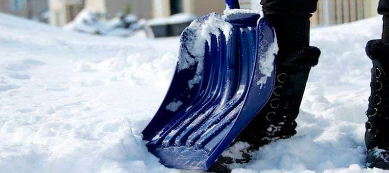Black Friday Snow Shovel Deals