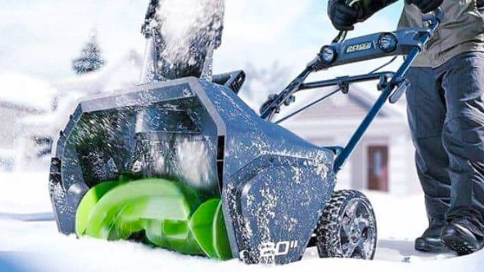 How Battery Powered Snow Blowers Work