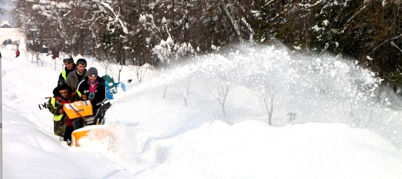 What is the best time to buy a snow blower?