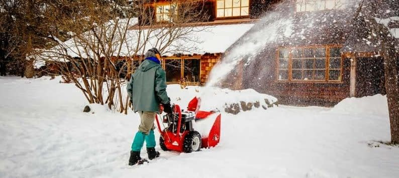 Gas-powered Snow Blower Maintenance