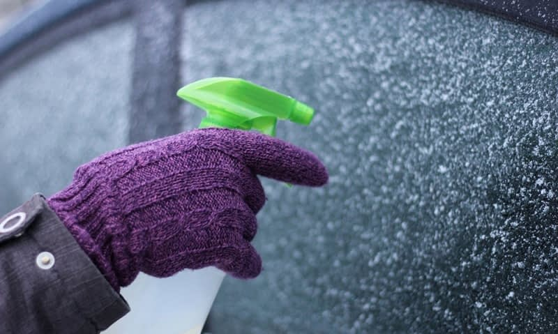 Does-Homemade-Windshield-De-icer-Spray-Really-Work