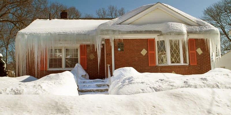 How Ice Dams Form & Most Common Causes