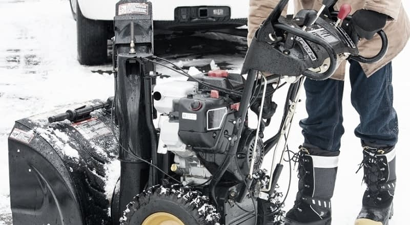 How-To-Drain-Gas-From-A-Snowblower