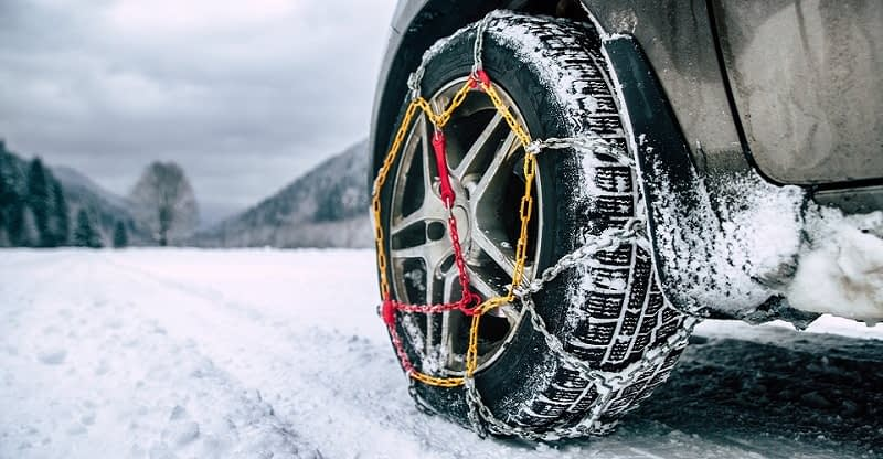 How-Do-Snow-Chains-Work-and-How-Effective-Are-Snow-Chains