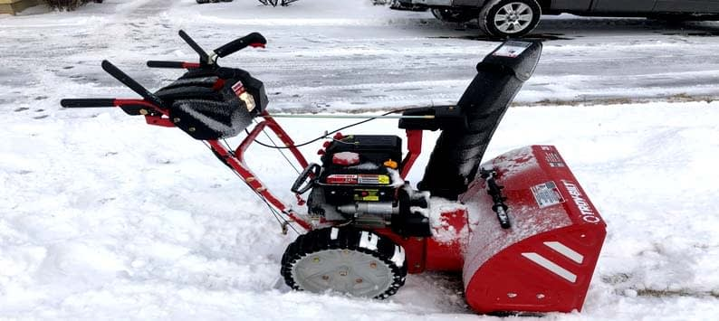 How To Choose the Right Snow Blower for You - Snow Thrower Buying Guide