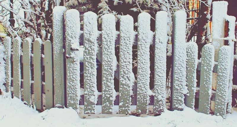 How-to-Build-a-Snow-Fence