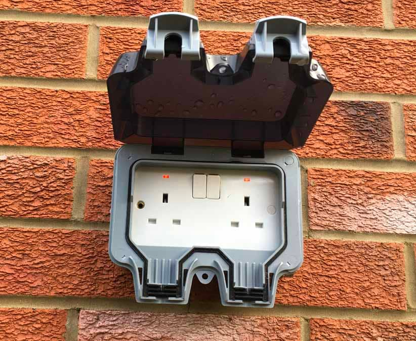 Weatherproof Power Outlet