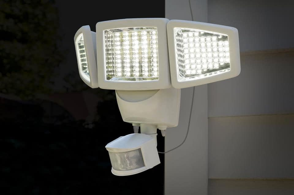 Sunforce LED Solar Motion Security Light Review
