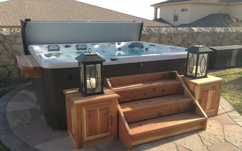 How tall should hot tub steps be