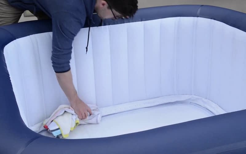 How-to-Store-your-Lay-A-Spa-Inflatable-Hot-Tub